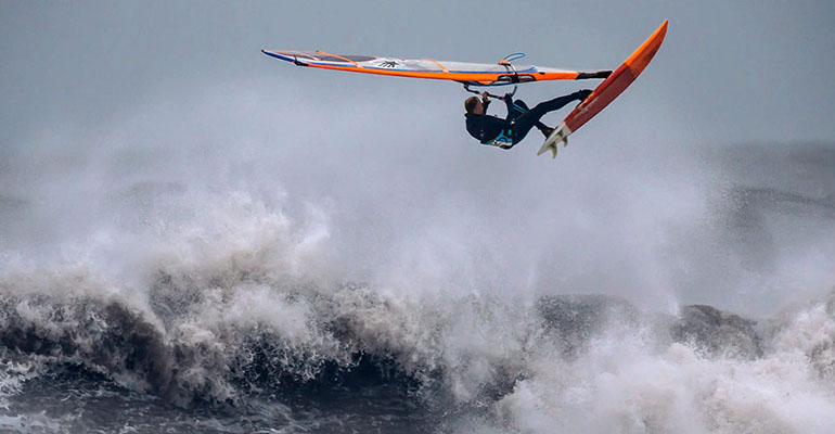 Windsufing Profi in Dänemark